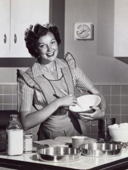 580488fc51faeecfbb05bb69051d5a69--betty-crocker-vintage-kitchen (1)